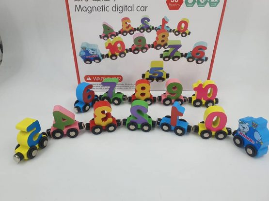 Trenuț Magnetic cu Cifre – 12 piese